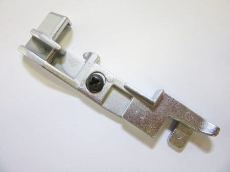 Patka pro slepý steh - pro overlocky Lucznik 720 D