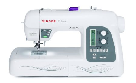 Šicí stroj a vyšívací stroj Singer Futura XL - 550